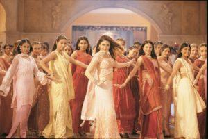 Метры индийского кино: Маной Баджпаи и Саджай Сури